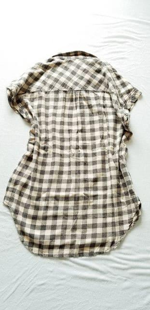 フォーエバー21墨黒ブラック×ベージュチェック柄綿半袖シャツ < 女性ファッションの