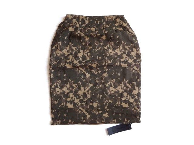 新品 定価5500円 アンデミュウ リバーシブル タイト スカート  < ブランドの