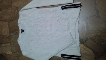 H&M・セーター・白