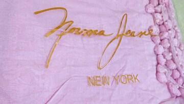 【新品未使用!!】Falchi Newyork ファルチのピンクマフラー