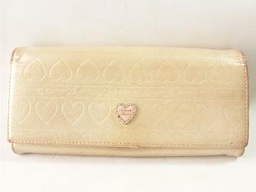 10742/サマンサタバサ可愛い全面ハート型デザインロゴゴールドカラー長財布