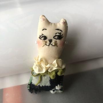 ハンドメイド★猫 刺繍 ブローチ コレクション 送料無料