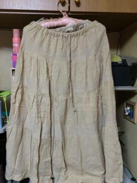 ベージュ綿100ロングスカート  < 女性ファッションの