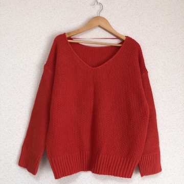ジーユー きれい色ニット セーター♪
