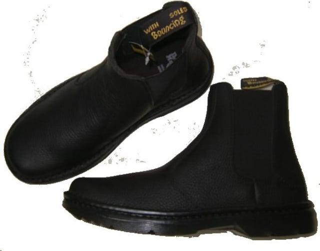 ドクターマーチン新品チェルシー サイドゴア ブーツ16602001uk6 < ブランドの