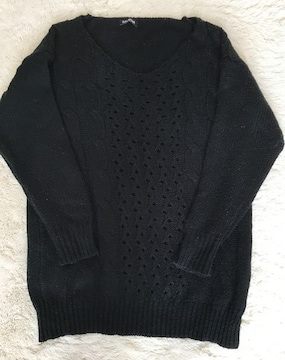 GAL STAR  ニットVネックセーター Mサイズ