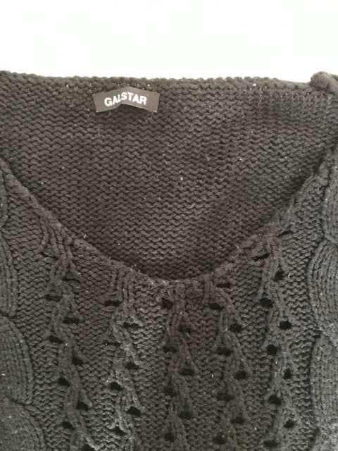 GAL STAR  ニットVネックセーター Mサイズ < ブランドの