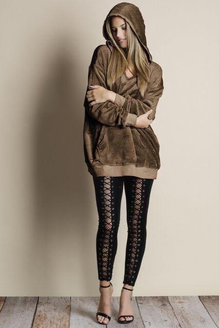新品☆柔らかベロア♪ゆるパーカー ブラウン M < 女性ファッションの
